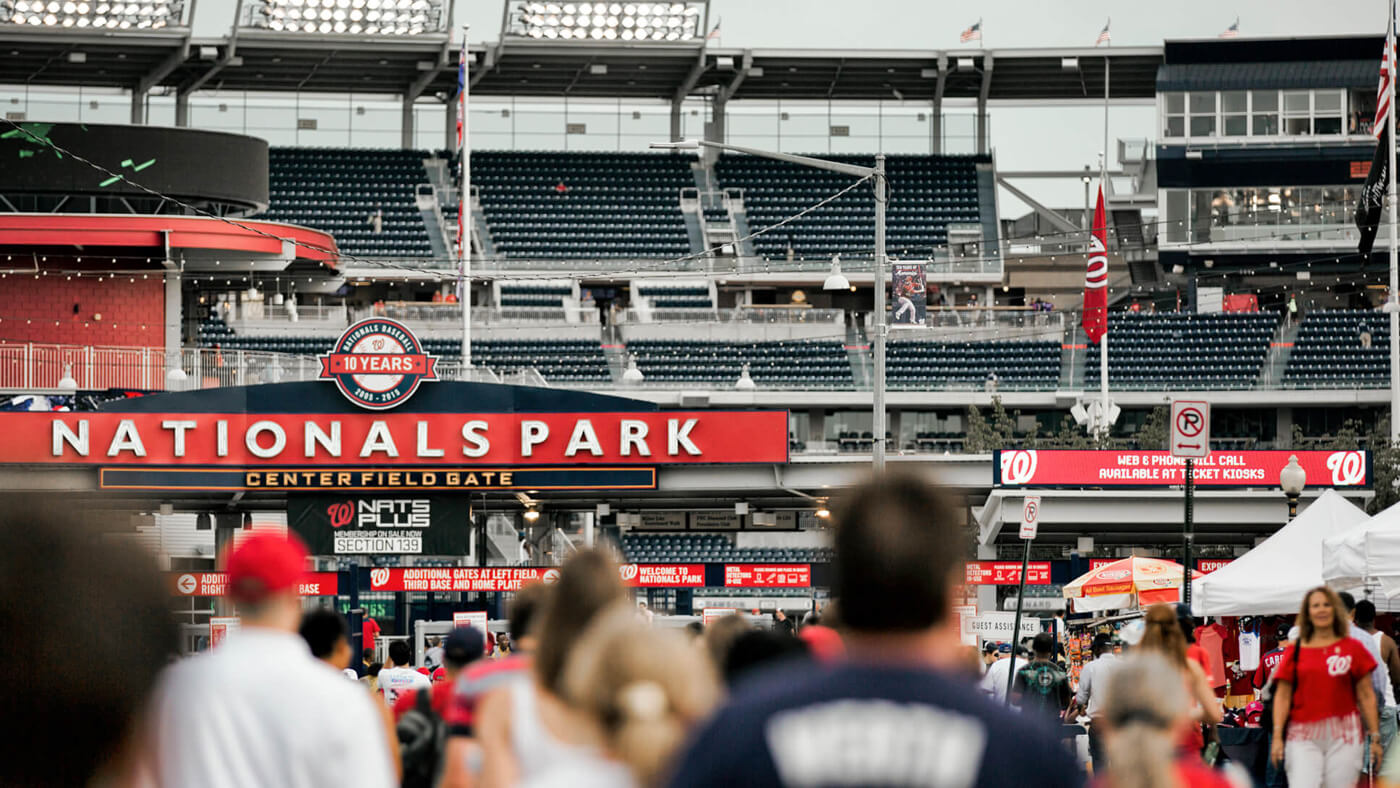You'll always be in the thick of the action at Insignia on M, located right around the corner from Nationals Stadium.