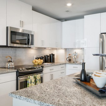 Cook and entertain in our gourmet kitchens with stone countertops, glass-tile backsplashes, and stainless steel GE®  ENERGY STAR® appliances.