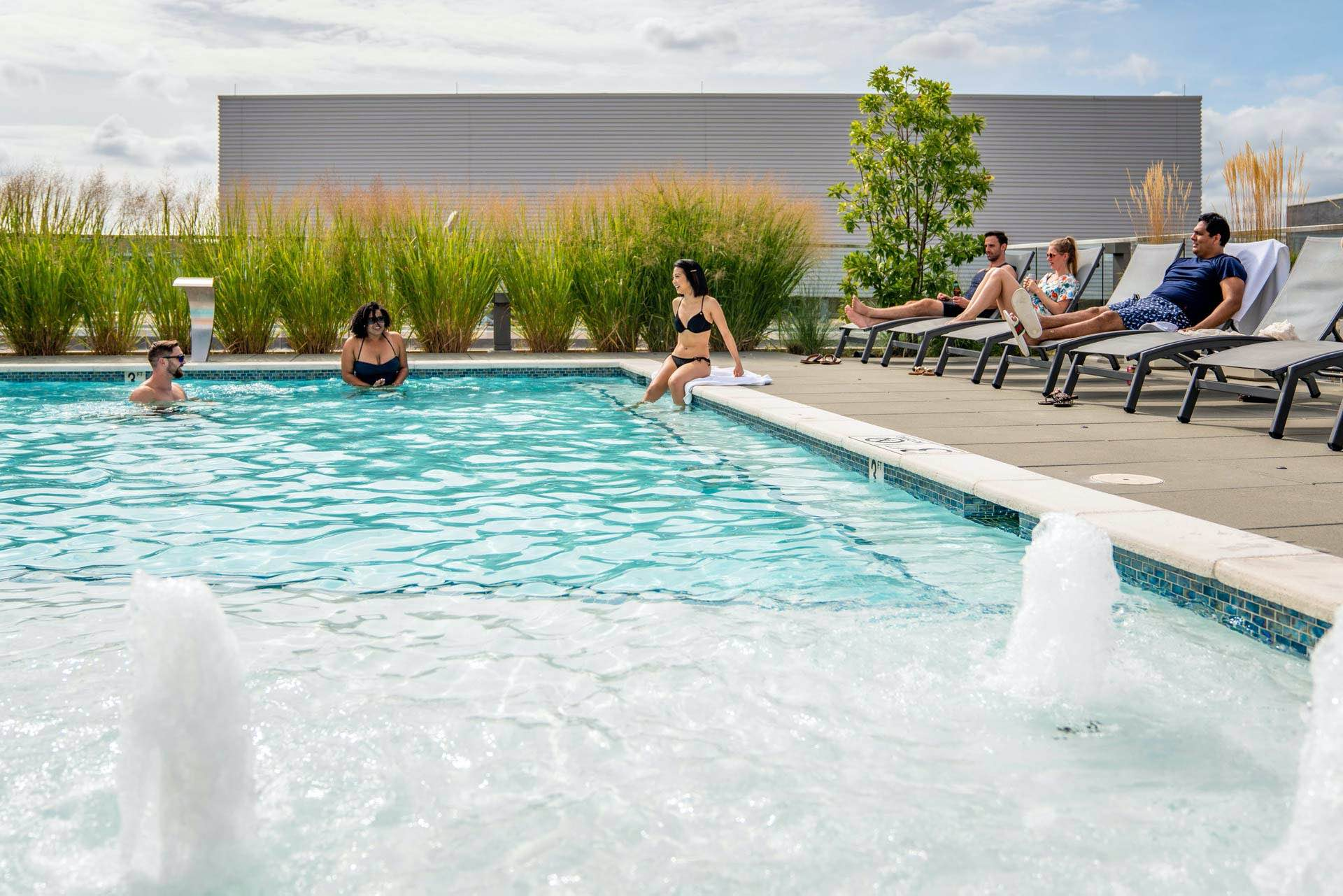 Rooftop pool designed with the aesthetic of the best resorts.