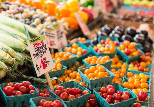 Shop Seasonal, Local Produce and More at the Freshfarm Capitol Riverfront Market